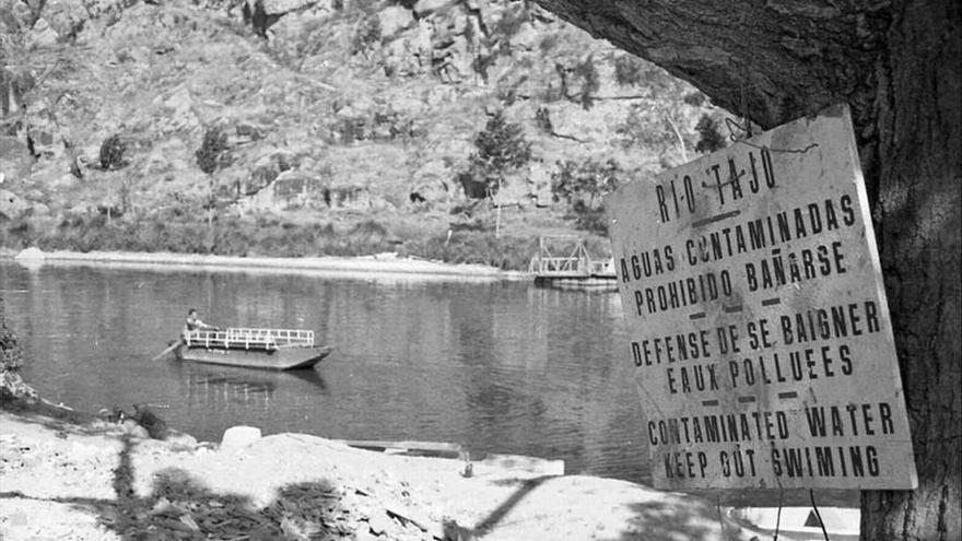 Prohibición de Baño en Toledo, 1972