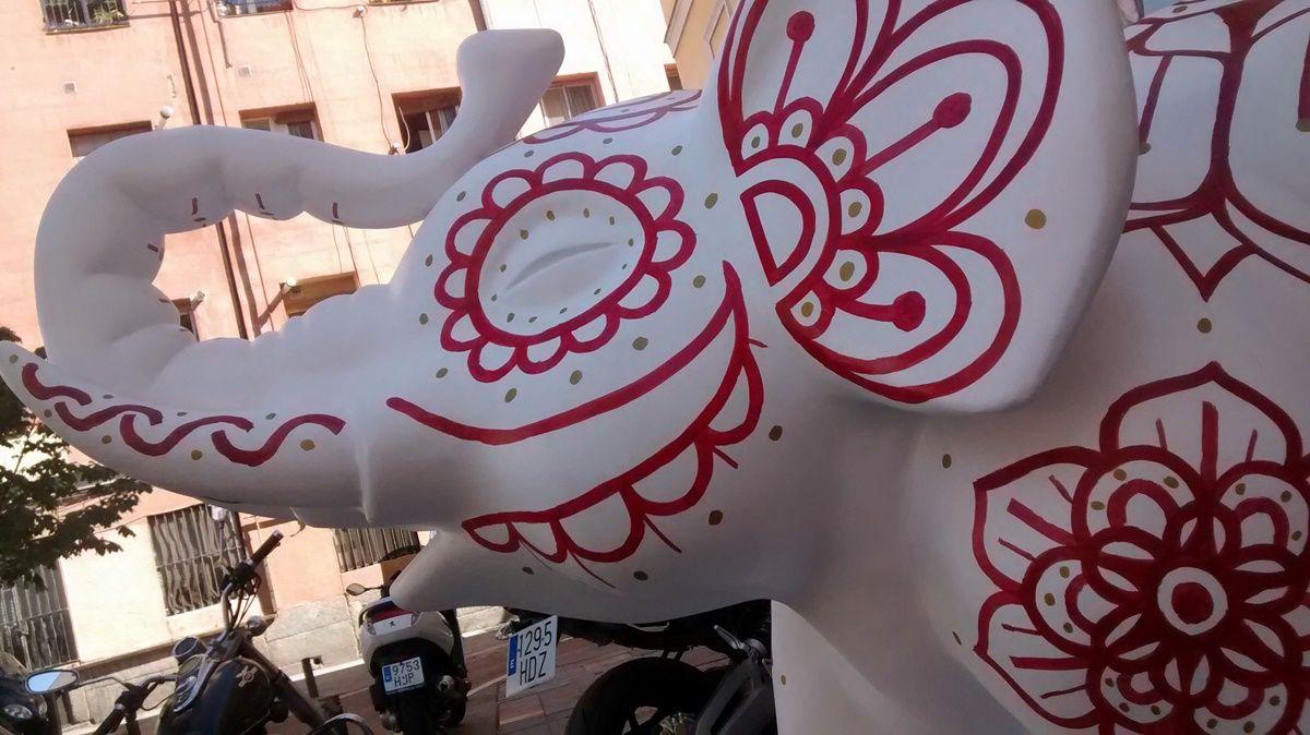 elefante blanco 3