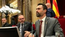 Ruptura en el independentismo: ERC y PSC se alían en el Parlament para tumbar las delegaciones de voto de JxCAT