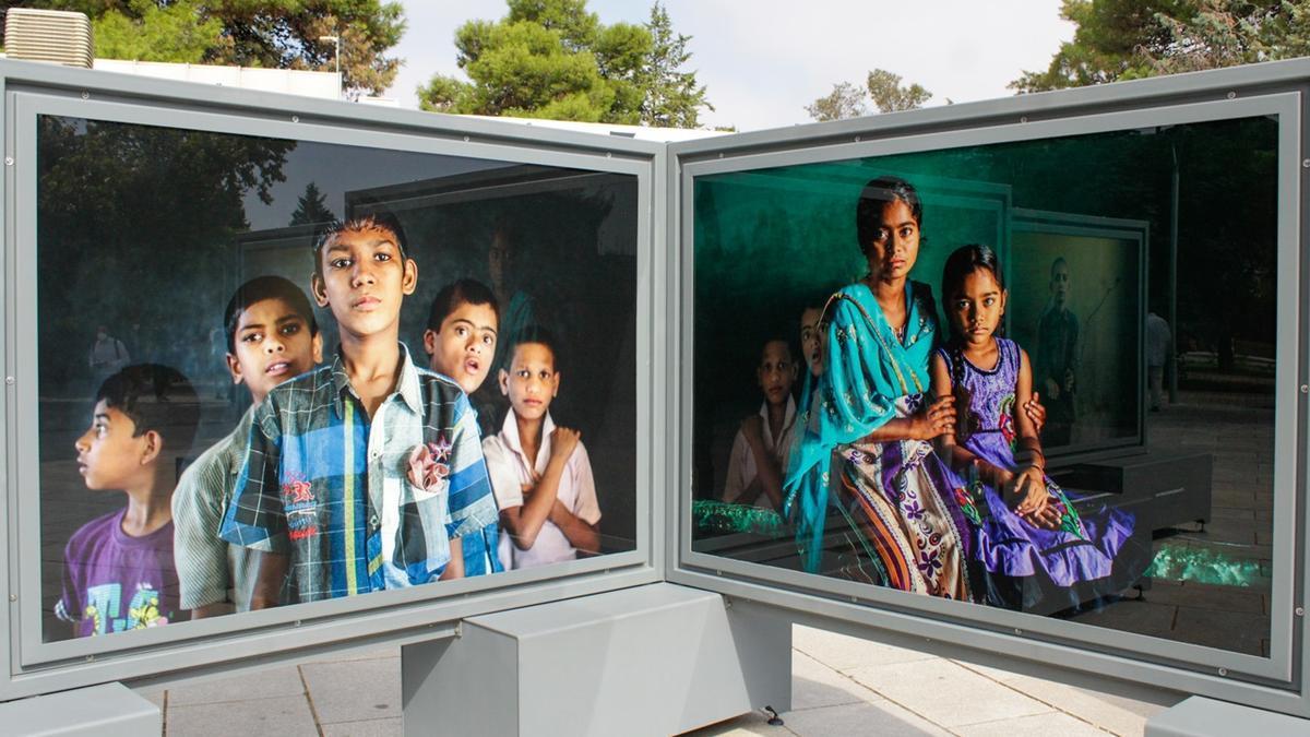 En las fotos, García Rodero da voz a las mujeres sumergiéndose en su mundo.