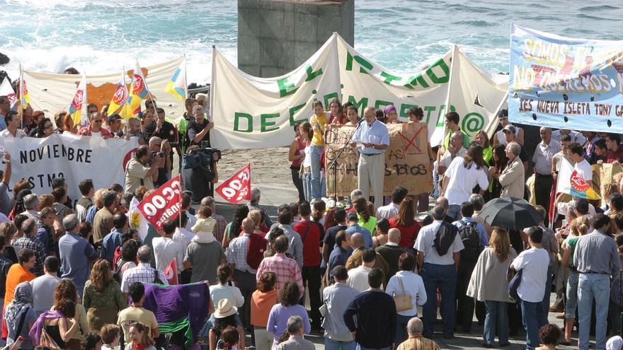 Antonio González Viéitez, en una imagen de archivo de la manifestación del istmo de Las Palmas de Gran Canaria