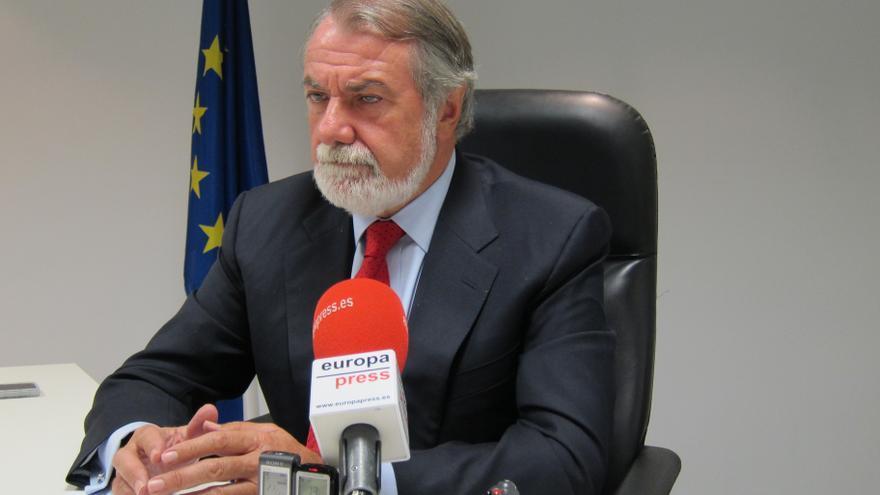 Mayor Oreja, a la espera de que Rajoy decida quién será el candidato del PP en las europeas