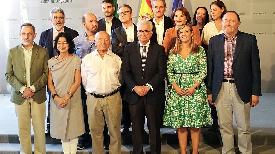 Andalucía activa un órgano consultivo para canalizar las políticas memorialistas. | JUAN MIGUEL BAQUERO