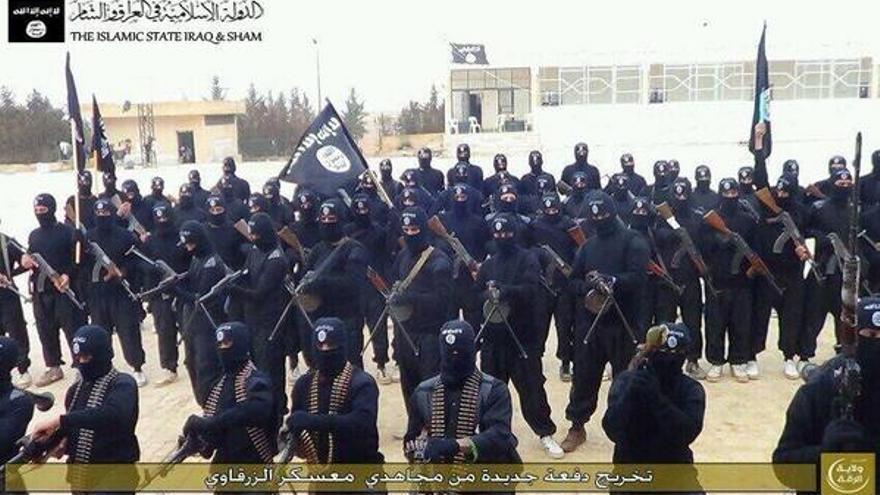 Miembros de ISIS en uno de sus vídeos propagandísticos