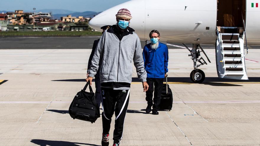 Vuelven a Italia dos rehenes tras su secuestro por yihadistas en Malí