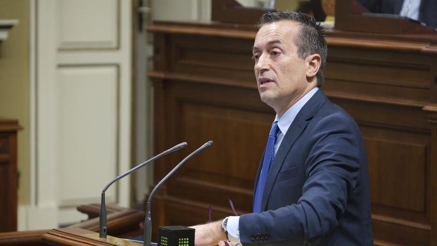 """Ruano (CC) pide a los grupos que decidan si quieren """"construir o destruir"""" Canarias"""