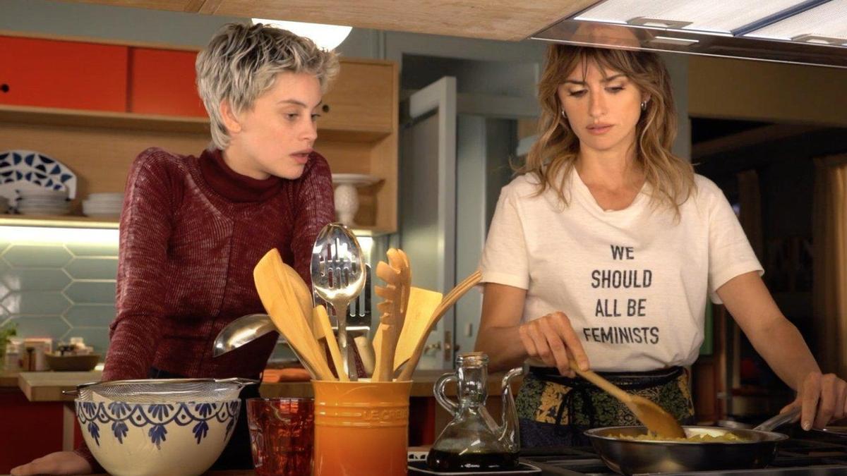 Milena Smit y Penélope Cruz son Ana y Janis en 'Madres paralelas'