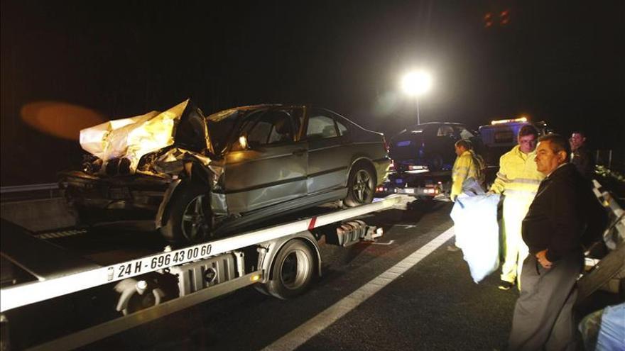 Dos muertos y un herido grave en un accidente en AG-11 en Rianxo (A Coruña)