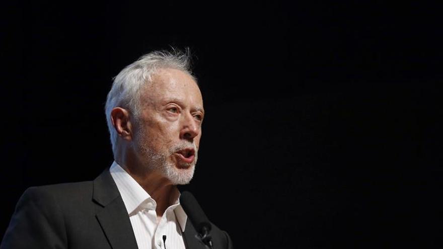Coetzee, Premio Nobel de Literatura, seleccionado para el Booker Prize