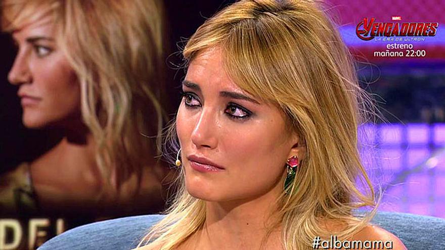 La última de Alba Carrillo en Telecinco, espantada en Deluxe por la entrevista
