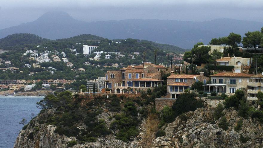 El precio de los pisos acumula un ajuste del 32,9% desde el inicio de la crisis, según Tinsa