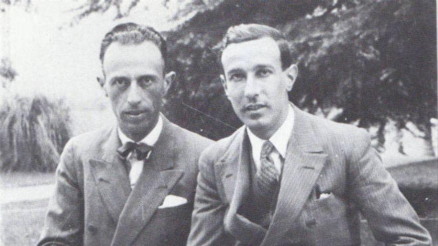 Diego conoció al poeta Juan Larrea mientras estudiaba Filosofía y Letras en Bilbao. Larrea introdujo a Diego en las vanguardias poéticas. Ambos poetas fueron los principales exponentes del creacionismo en España.