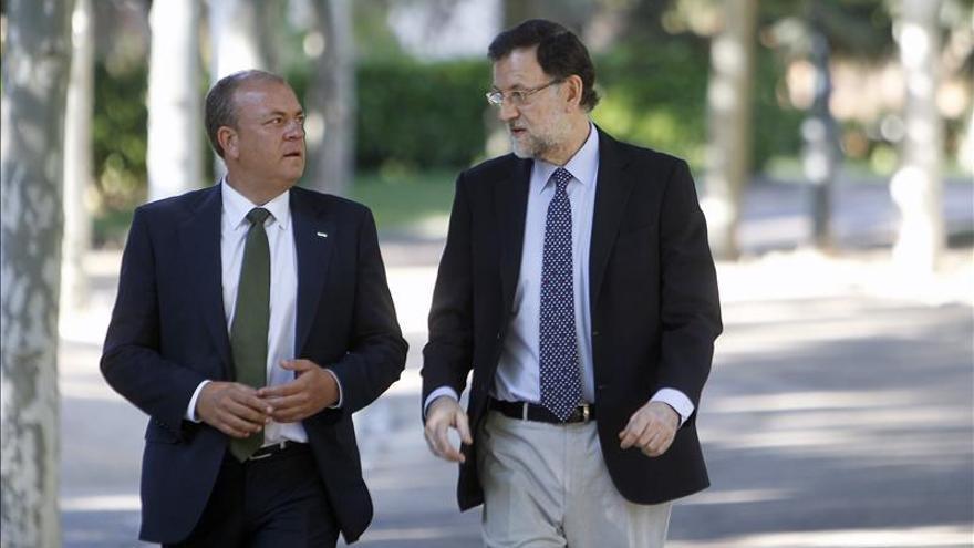 Rajoy y Monago se ven en Moncloa a una semana de fijar el déficit autonómico
