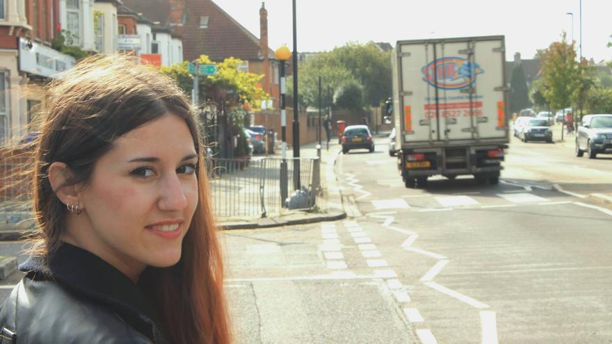 Jessica, residente en Inglaterra, votará el próximo 20D gracias a Pilar, que depositará su voto en las urnas