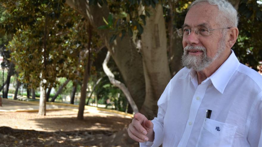 Enrique Martínez Reguera, durante la entrevista   N.C.