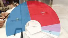 Una urna en las elecciones del 10N en Galicia