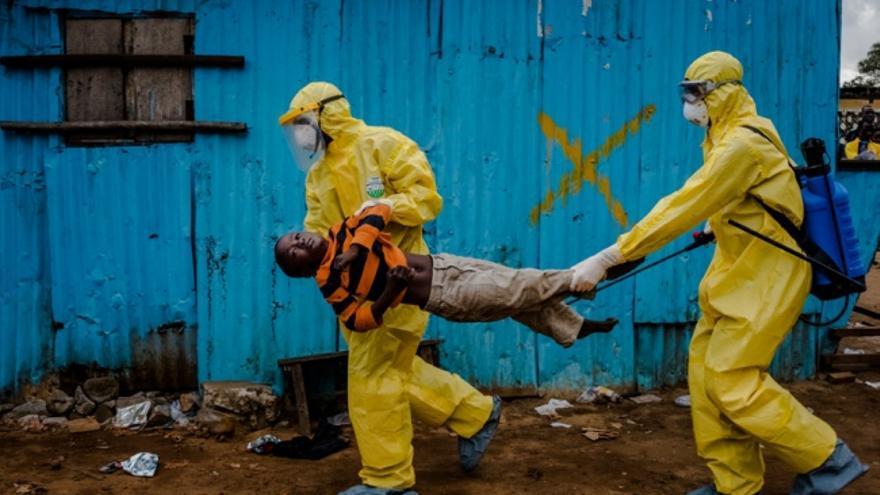 Daniel Berehulak recibe el Pulitzer por su trabajo sobre la crisis del ébola para The New York Times