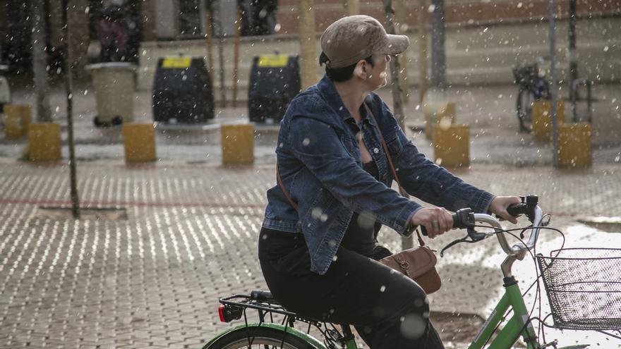 Comienza el fin de la gota fría en Andalucía, con Sevilla y Córdoba en aviso amarillo por lluvias este domingo
