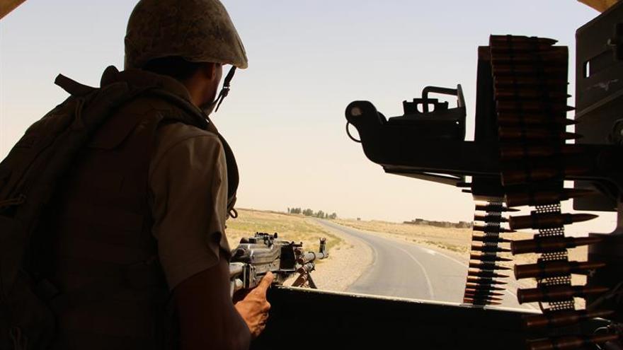 Los talibanes toman un distrito y avanzan en su ofensiva en una provincia del sur afgano