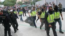 Los colegios cerrados por Guardia Civil, Policía y Mossos solo suponen el 14% de los centros de votación
