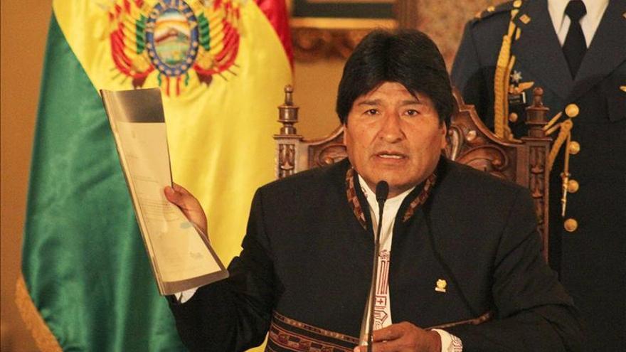 Morales ratifica por primera vez a todo su gabinete al terminar la gestión anual