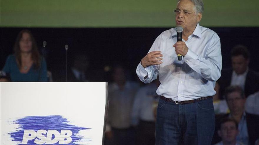 "Rousseff ""ha perdido credibilidad"", según el expresidente brasileño Cardoso"