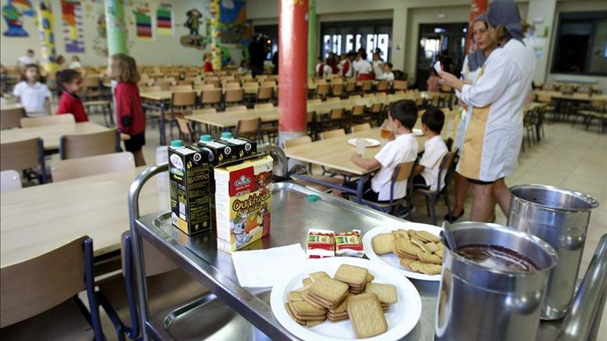 Los comedores escolares, primer punto de atención de los partidos en el Ayuntamiento de Murcia / EFE
