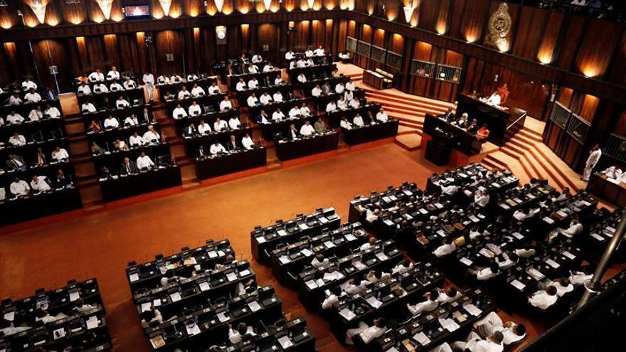 El presidente de Sri Lanka disuelve el Parlamento y anuncia elecciones