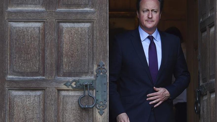 """Cameron dice que el """"brexit"""" amenazaría la paz y la estabilidad de Europa"""