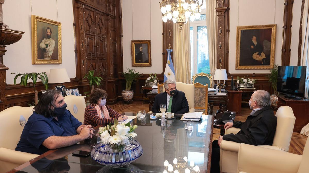Alberto Fernández recibió este martes a los titulares de Suteba, Roberto Baradel; de la Ctera, Sonia Alesio; y de la CTA, Hugo Yasky