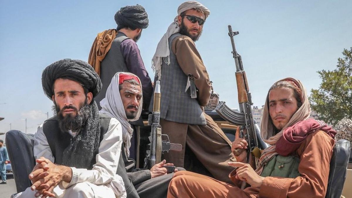 """""""El Emirato Islámico no quiere que las mujeres sean víctimas"""", dijo Samangani, usando el nombre que los talibanes le dan a Afganistán."""