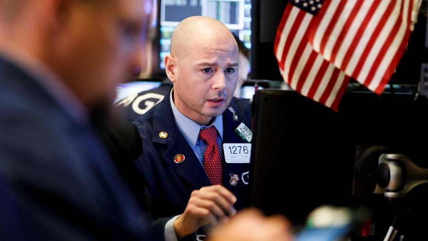 Wall Street sigue remontando y el Dow Jones sube un 0,52 % a la apertura