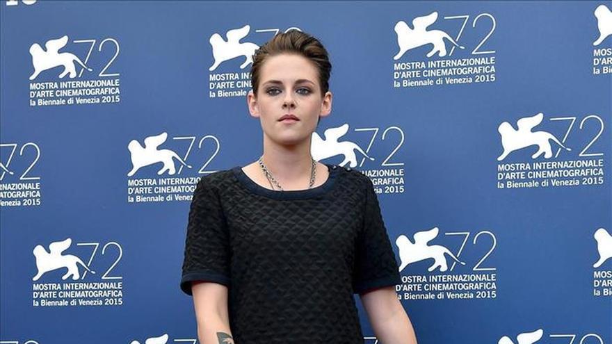"""Kristen Stewart no convence en Venecia en el aséptico futuro de """"Equals"""""""