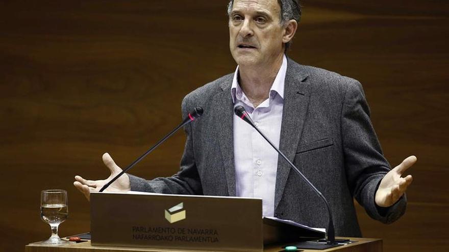 """EH Bildu insta a abordar la situación de los presos ETA tras el """"histórico"""" desarme"""