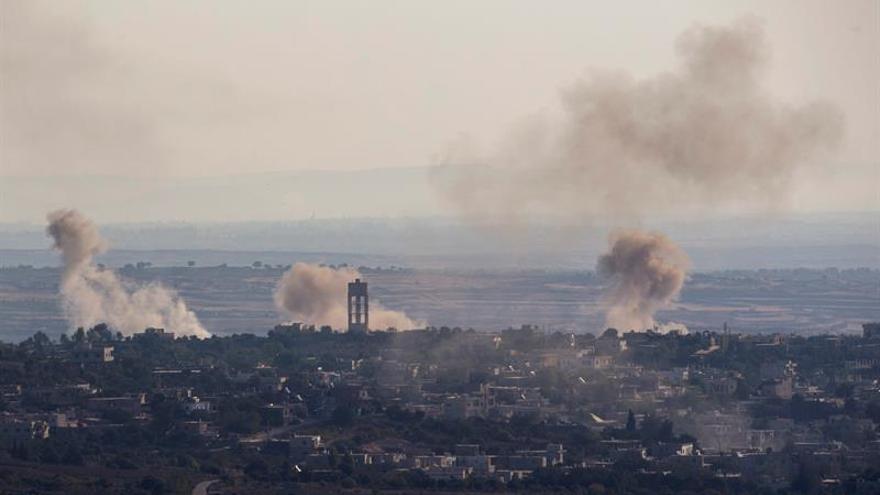 Un proyectil sirio cae en la meseta del Golán a pesar del alto el fuego