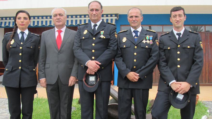 Lorena Báez, Miguel Ángel Morcuende, Antonio Limones, Jesús Godoy y Miguel González, este jueves. Foto: LUZ RODRÍGUEZ.