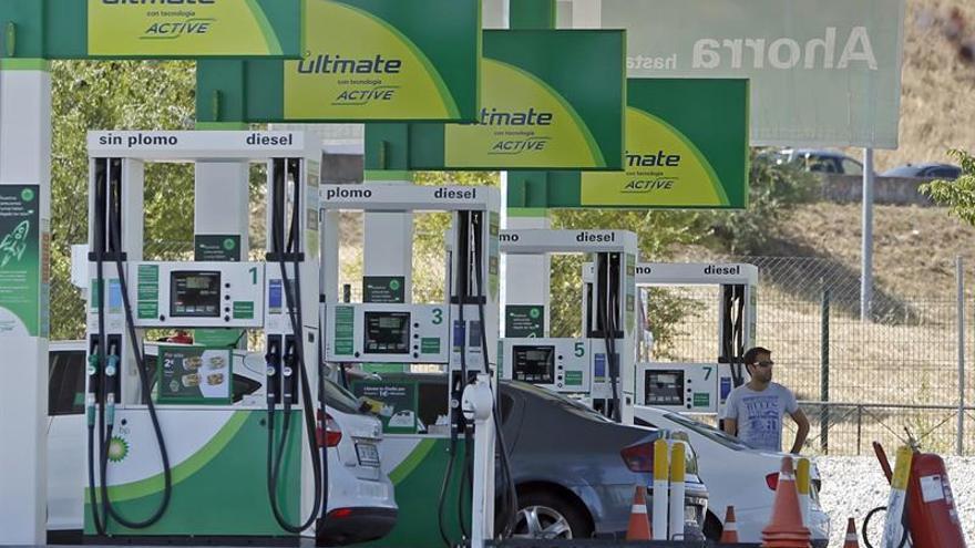 La gasolina se encarece un 1,16 % y el gasóleo un 0,9 % en la última semana