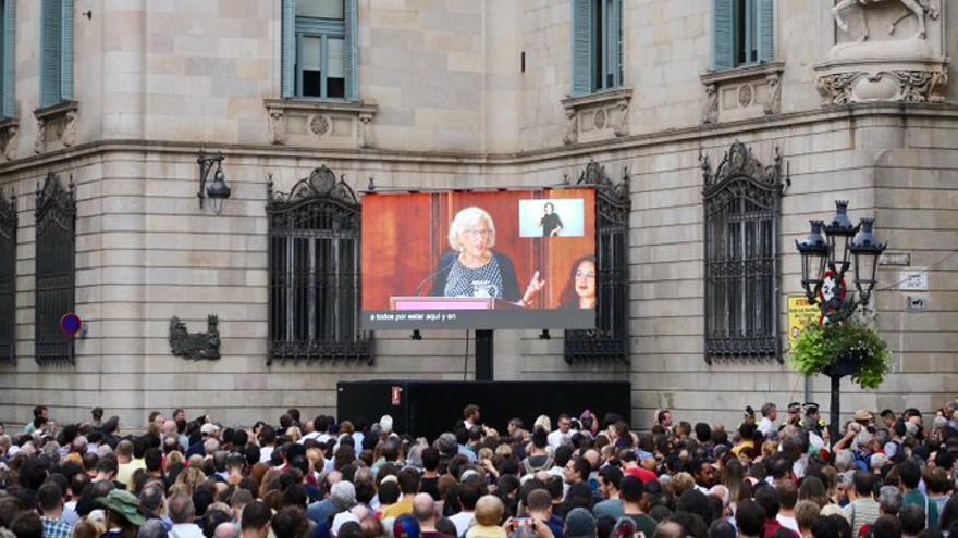 Manuela Carmena, durante su pregón, vista desde la Plaça Sant Jaume