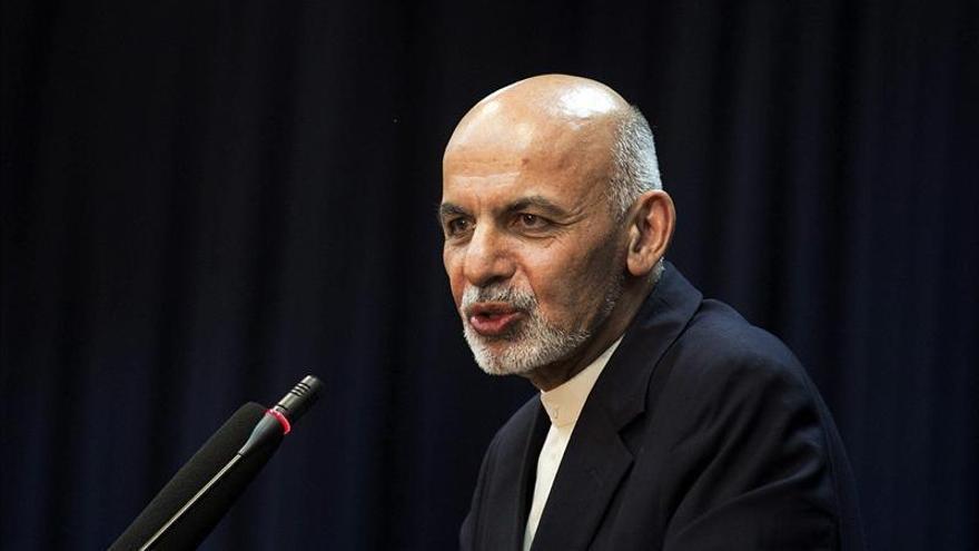 El Senado afgano aprueba el acuerdo que prolonga hasta 2024 la presencia de EE.UU.