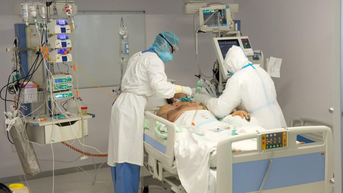 Un paciente de COVID-19 en un hospital de Castilla-La Mancha
