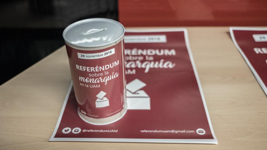 Materiales para el referéndum universitario sobre la monarquía