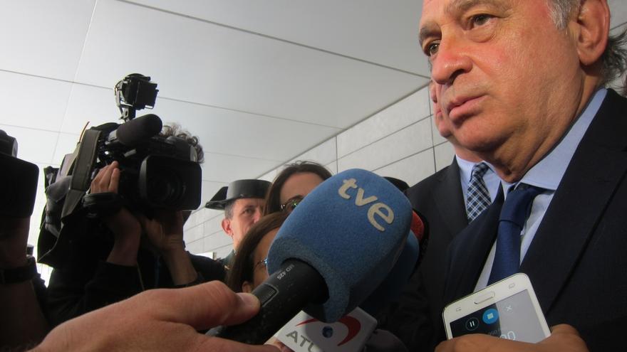 """Jorge Fernández dice que las encuestas """"confirman"""" al PP como primera fuerza"""