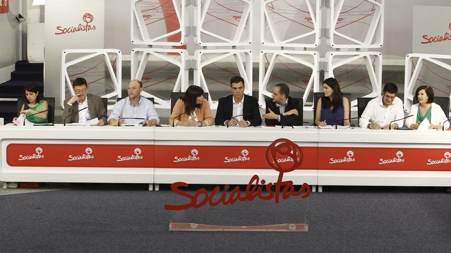 El Comité Federal del PSOE analiza mañana la política de pactos, con Andalucía pidiendo prudencia