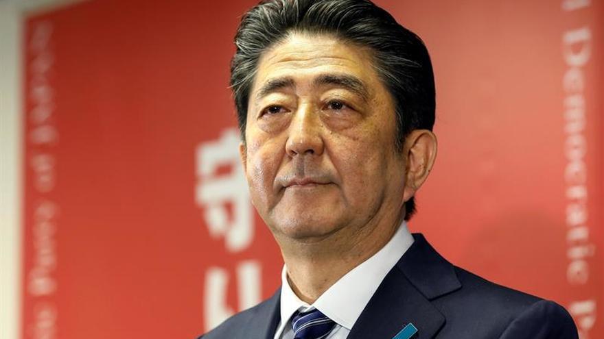 """Abe promete """"medidas contundentes"""" ante Corea del Norte tras su reelección"""
