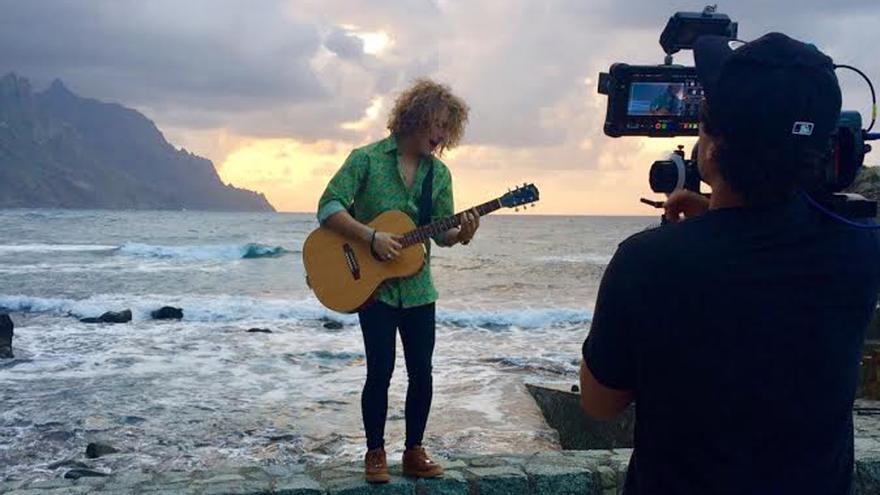 Manel Navarro graba en Tenerife el videoclip para Eurovisión