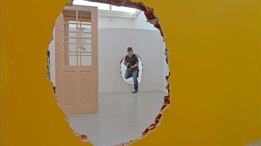 Plensa o Scully seducen con su arte en los eventos colaterales de la Bienal