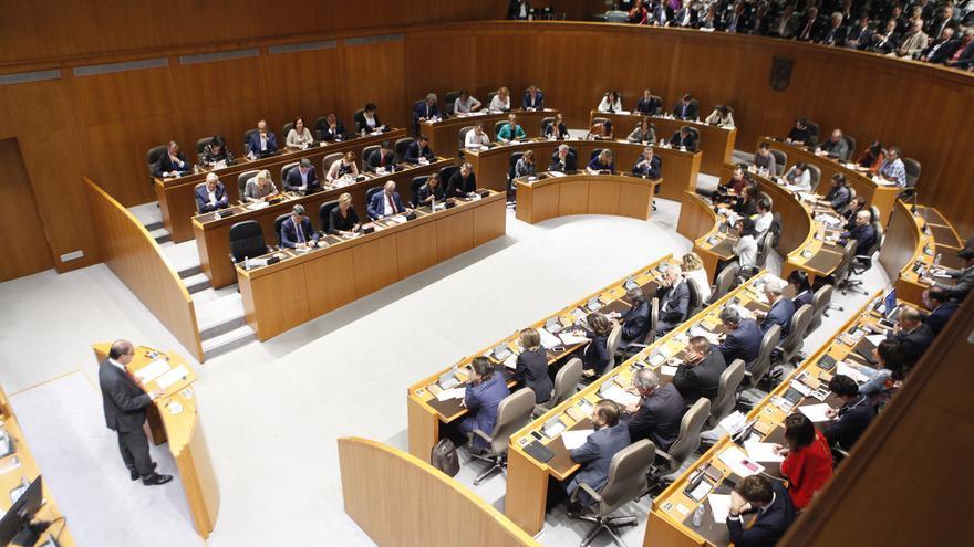 Los diputados y diputadas de las Cortes de Aragón en el Debate sobre el estado de la Comunidad.