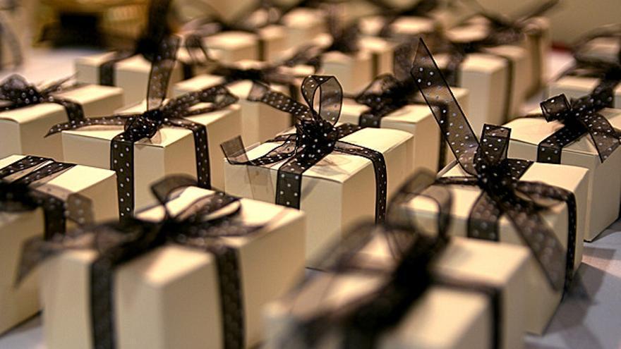 Es tiempo de comprar regalos: si lo haces por internet, verás sellos por todas partes (Foto: Steven Depolo | Flickr)