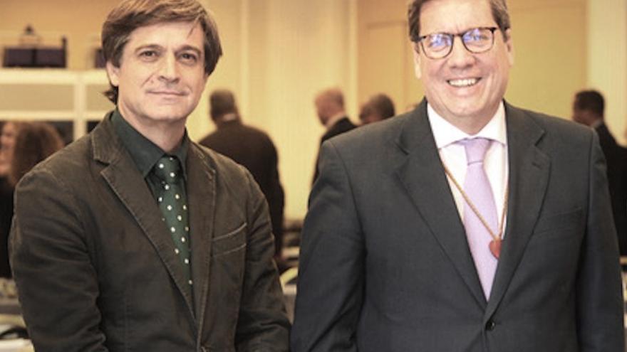 Domingo Martín, presidente de Asprocan,  y Gabriel Mato, eurodiputado del PP.