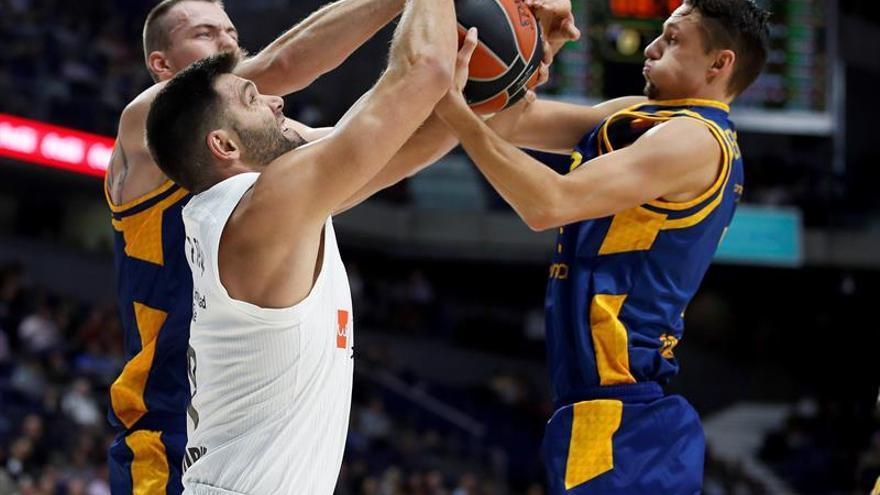 El Gran Canaria buscará sorprender a un Real Madrid que quiere vengar su  derrota en el derbi 4e03ea232f440